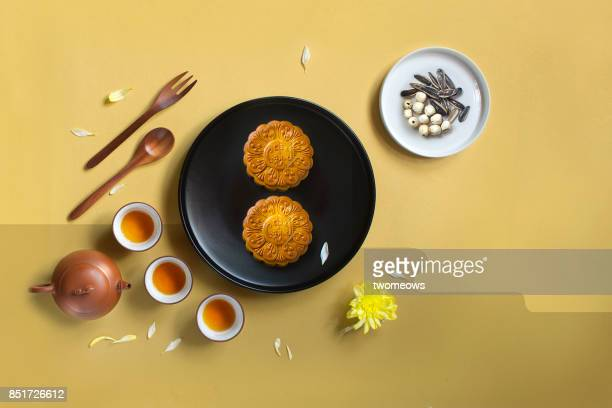 flat lay mid-autumn festival tea time conceptual still life image. - moon cake stock pictures, royalty-free photos & images