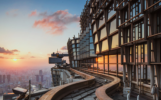flat roof of the Jinmao Tower - gettyimageskorea