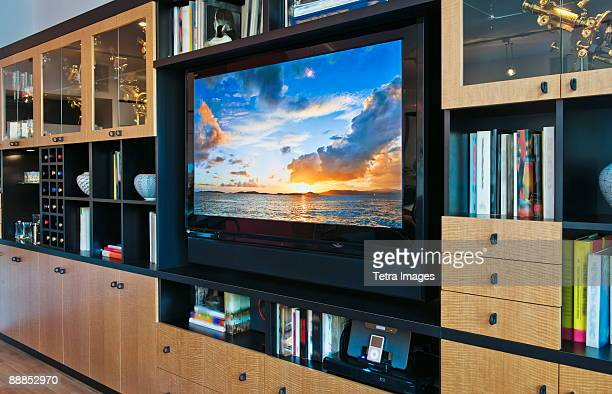 flat screen tv in luxurious apartment - flat screen stock pictures, royalty-free photos & images