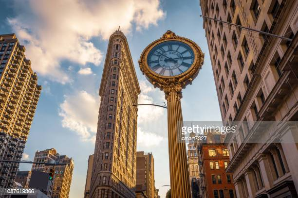 flatiron building - fifth avenue stock pictures, royalty-free photos & images