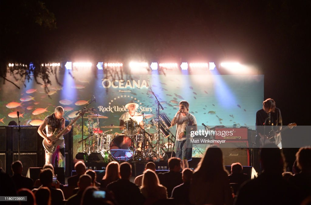 """Oceana's Fourth Annual """"Rock Under The Stars"""" Featuring The Red Hot Chili Peppers : News Photo"""