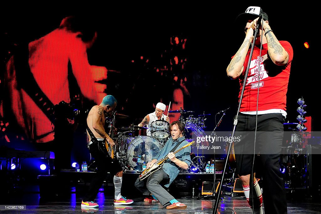 Red Hot Chili Peppers In Concert : ニュース写真