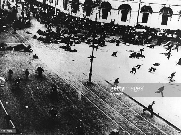 Fleeing crowds during the Russian Revolution which resulted in the seizing of power by the Bolsheviks under Lenin