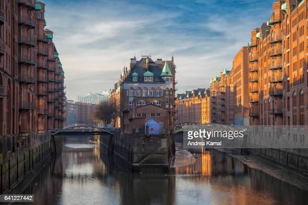 fleetschloss, hamburg, germany - hamburg germany stock pictures, royalty-free photos & images