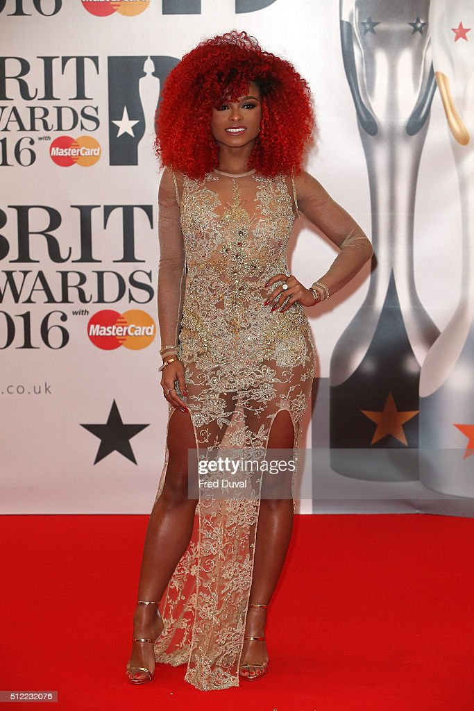 The BRIT Awards - Arrivals : News Photo