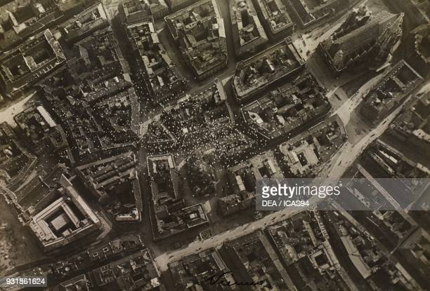 Flight to Vienna planned by Gabriele d'Annunzio leaflets dropped near Saint Stephen's Cathedral August 9 World War I Austria 20th century