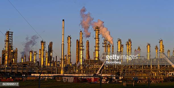 A Flint Hills Resources oil refinery stands in Corpus Christi Texas US on Thursday Jan 7 2016 Crude oil slid Thursday to the lowest level since...