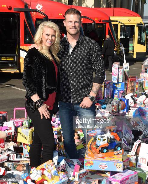 'Flip or Flop Vegas' Stars Aubrey and Bristol Marunde visit HGTV Santa HQ at Los Cerritos Centeron December 1 2017 in Los Angeles California