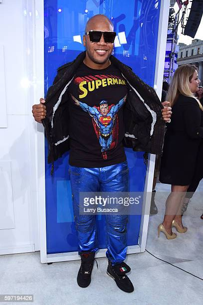 Flo Rida attends the 2016 MTV Video Music Awards at Madison Square Garden on August 28 2016 in New York City