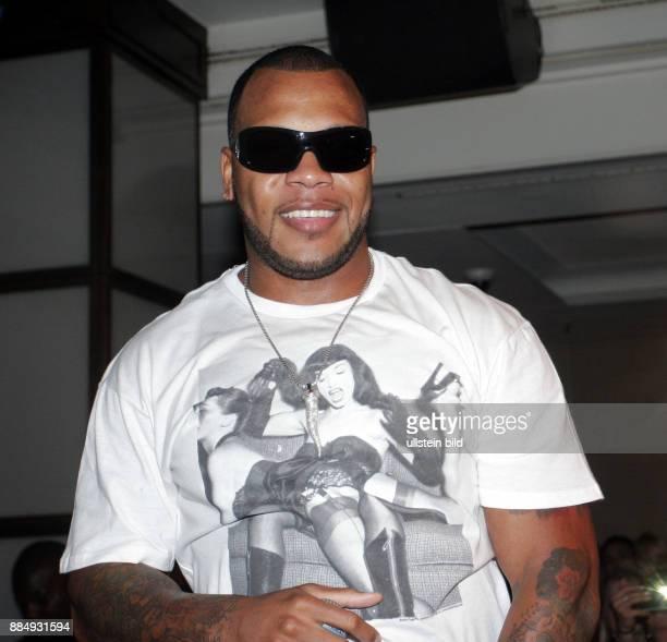 Flo Rida Musician Singer Hip Hop USA performing in Berlin Germany FelixClub