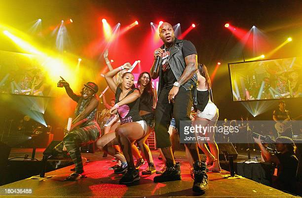 Flo Rida performs onstage with UCF students during the Victoria's Secret PINK Nation Campus Party at University of Central Florida on September 12,...
