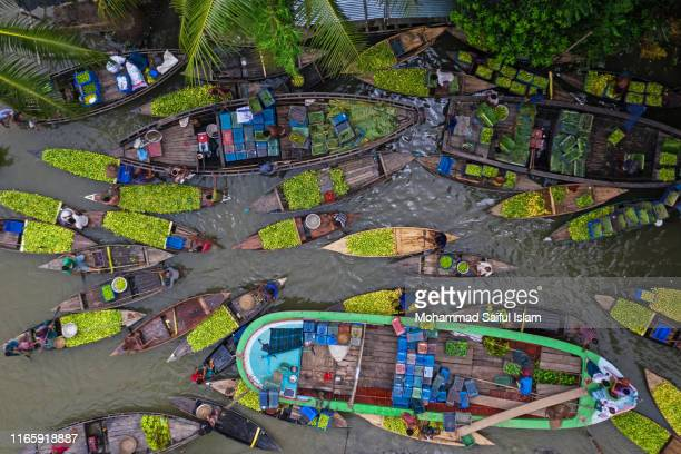 floating guava market in bangladesh - bangladesh stock pictures, royalty-free photos & images