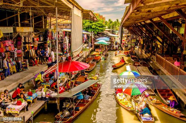 floating market bangkok - floating market stock pictures, royalty-free photos & images