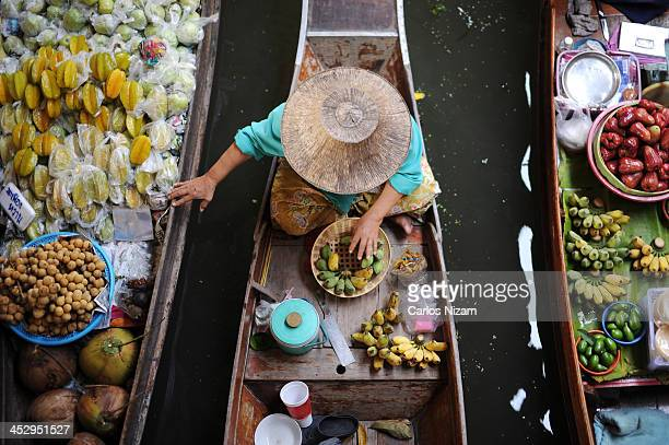floating market - floating market stock pictures, royalty-free photos & images
