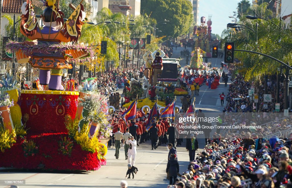 Floats and bands make their way down Colorado Blvd during the 2019