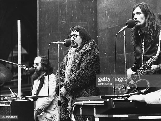 Floh de ColognePolitisch Satirische Kabarettgruppe 1975