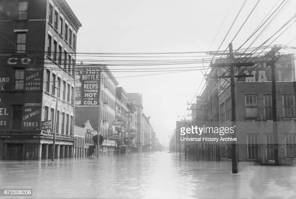 Flooded Street Scene Cincinnati Ohio USA Bain News Service March 1913