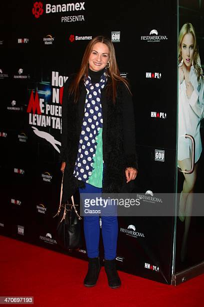 Flor Rubio attends the red carpet of Hoy no me puedo levantar at Almada Theater on February 18 2014 in Mexico City Mexico