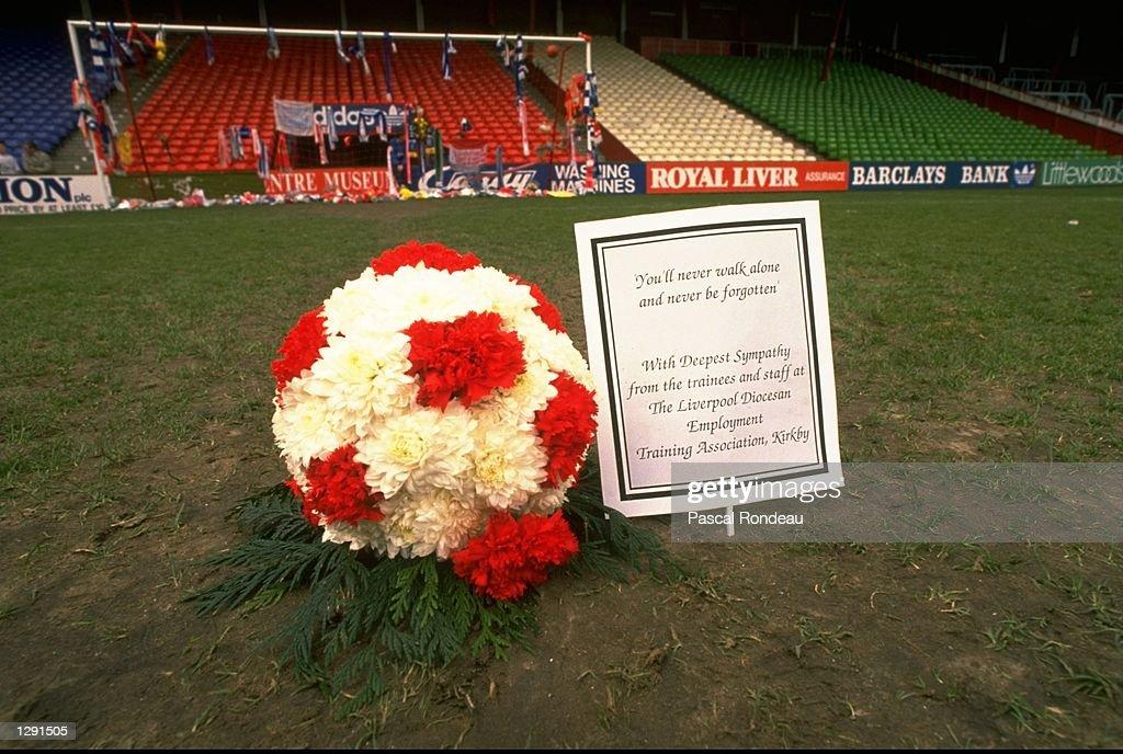 A floral football : News Photo