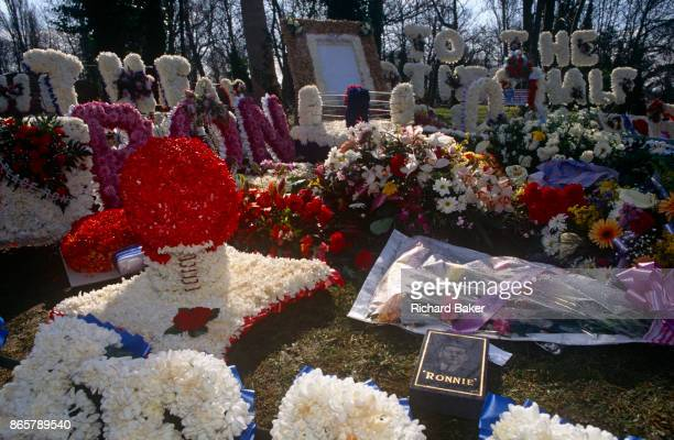 Floral tributes at the graveside of notorious gangland brother Ronnie Kray on 29th March 1995 in Bethnal Green East London England