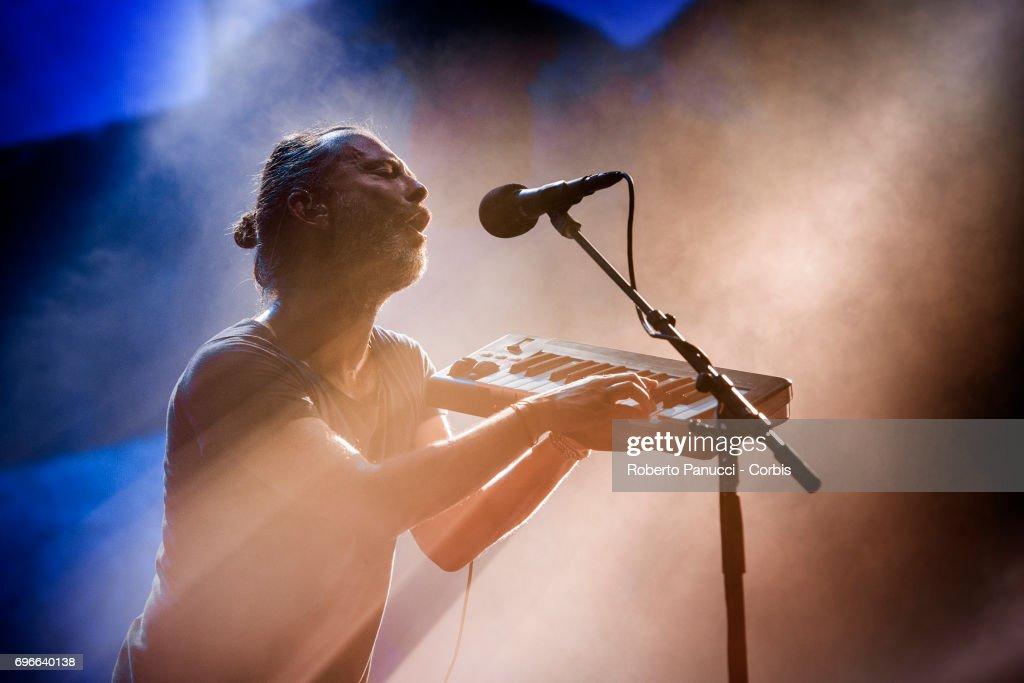 Radiohead Perform In Florence : Fotografía de noticias