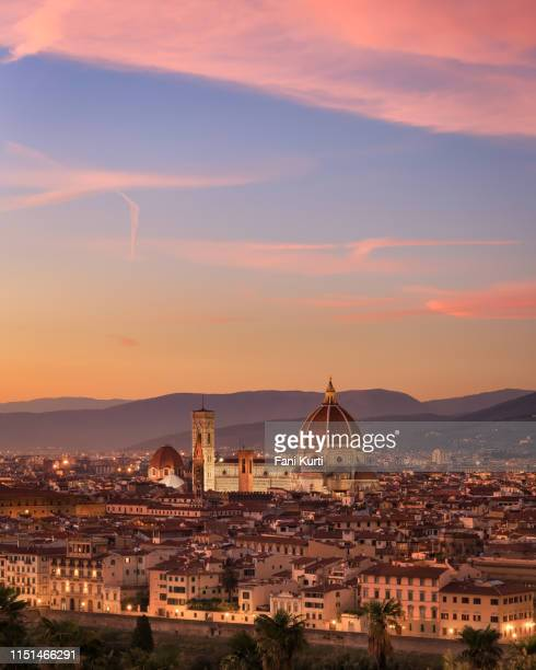 florence at sunset - duomo santa maria del fiore stock pictures, royalty-free photos & images