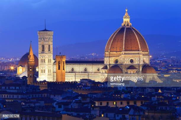 florence cathedral at at blue moment - historic district stock pictures, royalty-free photos & images