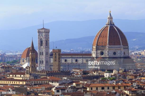 florence cathedral - historic district stock pictures, royalty-free photos & images