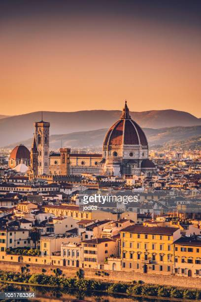 florence cityscape and duomo santa maria del fiore, italy - florence italy stock pictures, royalty-free photos & images