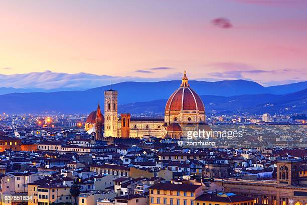 florence cityscape and duomo santa maria del fiore - italie photos et images de collection