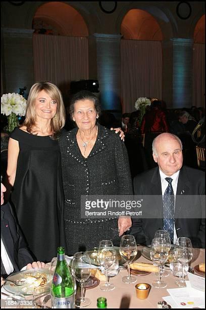 Florence De Botton and Simone Veil and Menachem Magidor at The Gala Scopus Award 2007 Organised By L' Universite Hebraique De Jerusalem At Palais...