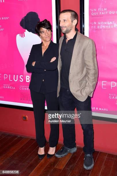 Florence Foresti and Mathieu Kassovitz attend the De Plus Belle Paris premiere at Publicis Champs Elysees on March 6 2017 in Paris France