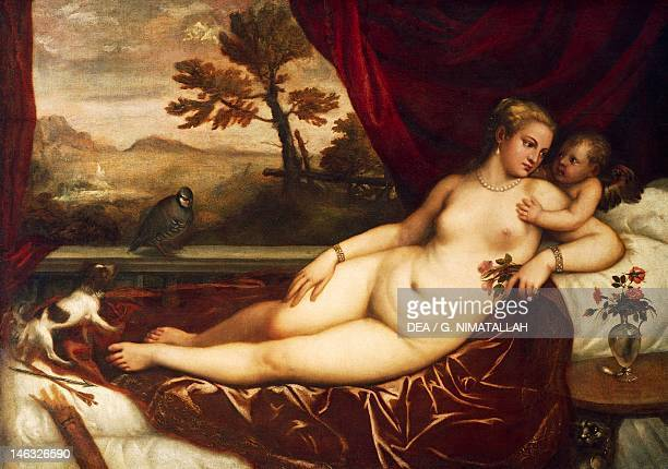Florence Galleria Degli Uffizi Venus with Cupid and Partridges by Titian oil on canvas 139x195 cm