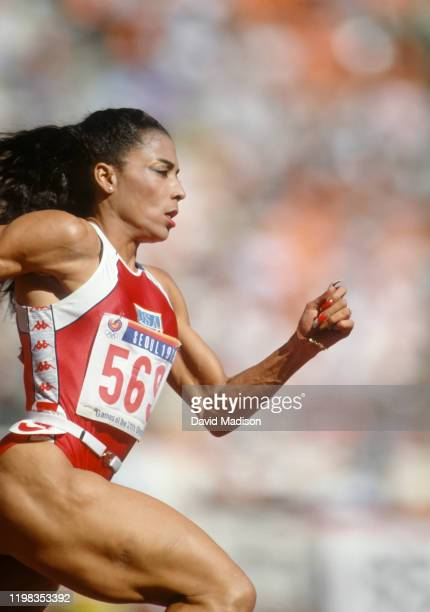 Florence Griffith Joyner of the USA runs in a semi final of the Women's 200 meter race of the 1988 Summer Olympic Games on September 29, 1988 in...