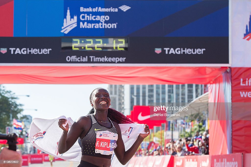 TAG Heuer Is The Official Timekeeper Of The Chicago Marathon : News Photo