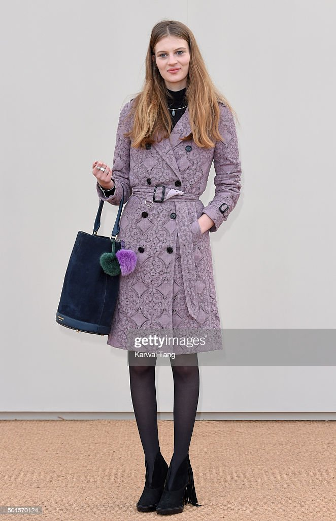Burberry - Arrivals - London Collections Men AW16 : News Photo