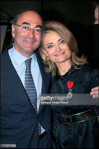 Florence of Botton and her husband Florence of Botton is made knight in the Order of Legion of Honor in Christie's halls where she is the director of...