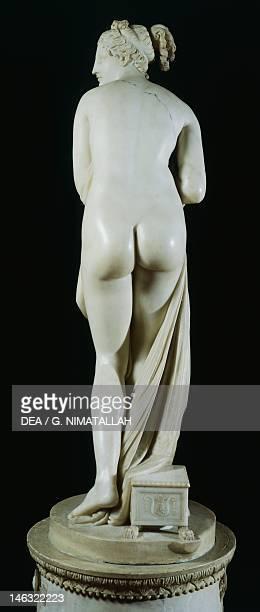 Florence Palazzo Pitti Galleria Palatina Italian Venus by Antonio Canova a marble statue