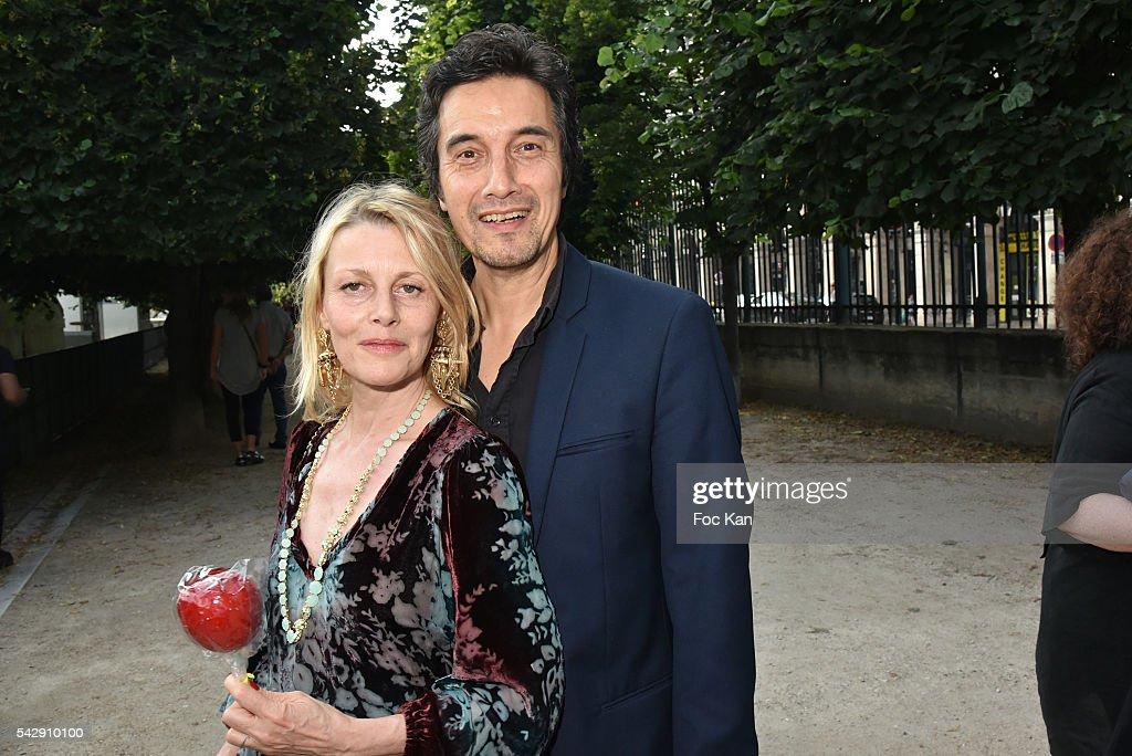 Dating fete Paris. caut femei divortate bălan andreea bălan și george burcea s