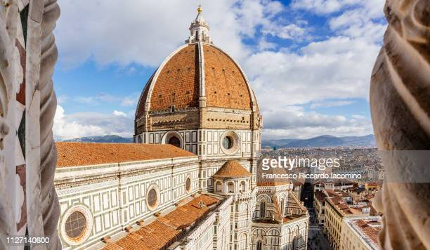 florence, tuscany, italy. aerial view of brunelleschi dome - iacomino italy foto e immagini stock