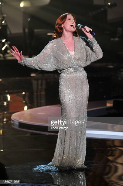 Florence Welch performs onstage during VH1 Divas Celebrates Soul at Hammerstein Ballroom on December 18, 2011 in New York City.
