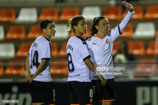 Florencia Bonsegunso Sandra Hernandez and Carolina Ferez of Valencia CF wait for action during the Spanish League Primera Iberdrola women football...