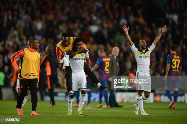 Florent Malouda, Michael Essien, Salomon Kalou and Ashley Cole of Chelsea celebrate victory during the UEFA Champions League Semi Final, second leg...