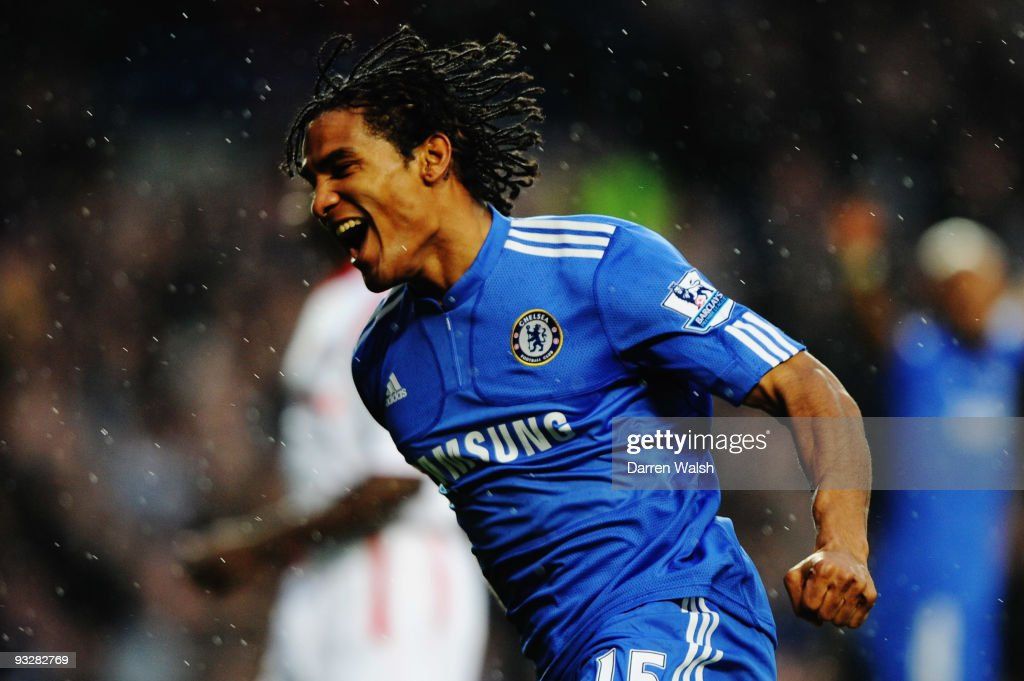 Florent Malouda of Chelsea celebrates his goal during the Barclays Premiership match between Chelsea and Wolverhampton Wanderers at Stamford Bridge on November 21, 2009 in London, England.