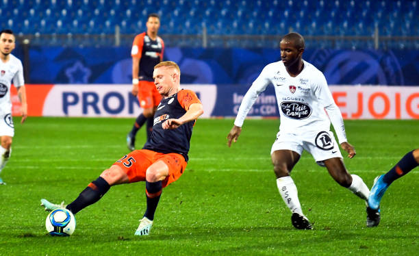 MHSC -EQUIPE DE MONTPELLIER -LIGUE1- 2019-2020 - Page 4 Florent-mollet-of-montpellier-during-the-ligue-1-match-between-and-picture-id1189866084?k=6&m=1189866084&s=612x612&w=0&h=DIZKSyW7clPWuk_AufMwQSdDuegd9QpCjzh5HGaRzoY=