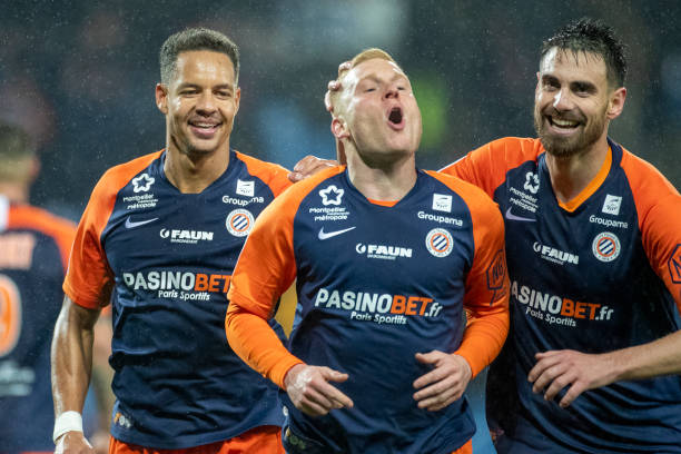 MHSC -EQUIPE DE MONTPELLIER -LIGUE1- 2019-2020 - Page 3 Florent-mollet-of-montpellier-is-congratulated-by-team-mates-damien-picture-id1191136841?k=6&m=1191136841&s=612x612&w=0&h=Oid6zWoVascth2nC_ufqWM3dE3WYcLDqp3dq6L0WbWk=