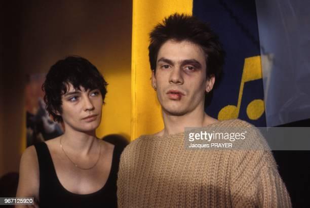 Florent Pagny et Patricia Millardet lors du tournage du film 'Blessure' realise par Michel Gerard le 28 mars 1985 en France