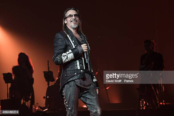 Florent Pagny performs at Palais des Sports on October 1, 2014 in Paris, France.