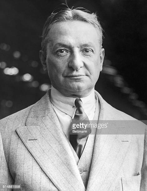 Florenz Ziegfeld American theatrical producer and Glorifier of the American Girl