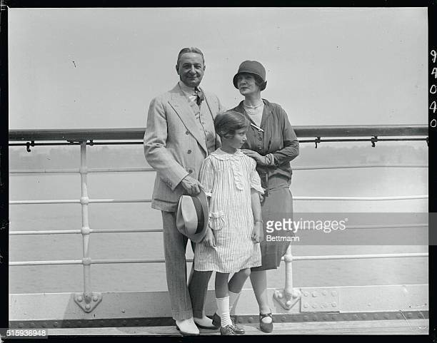 Florenz Ziegfeld noted theatrical producer returned from Europe Monday August 31 aboard the SS Leviathon which docked at New York City With him came...